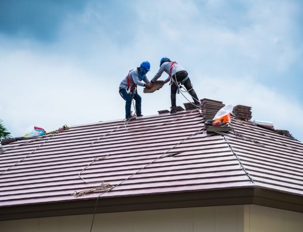 8 Steps for How to Replace Soffit